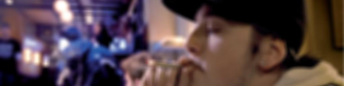 jongen_coffeeshop