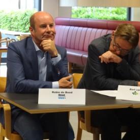 Stichting Volksbond Amsterdam en Stichting Streetcornerwork gaan bestuurlijke fusie aan